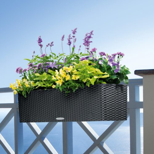 Balcony flower pots